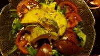 Ruccola-Avocado-Tomatensalat