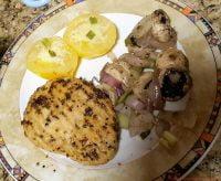 Quornpfefferschnitzel mit Champignons und Tomaten
