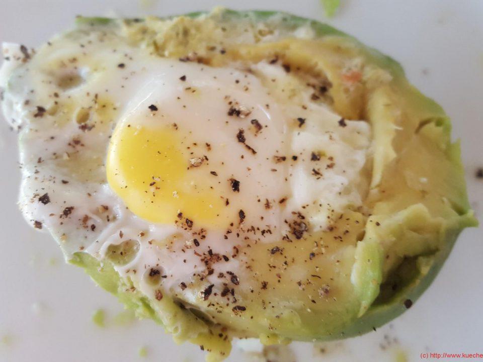avocado-mit-ei-1