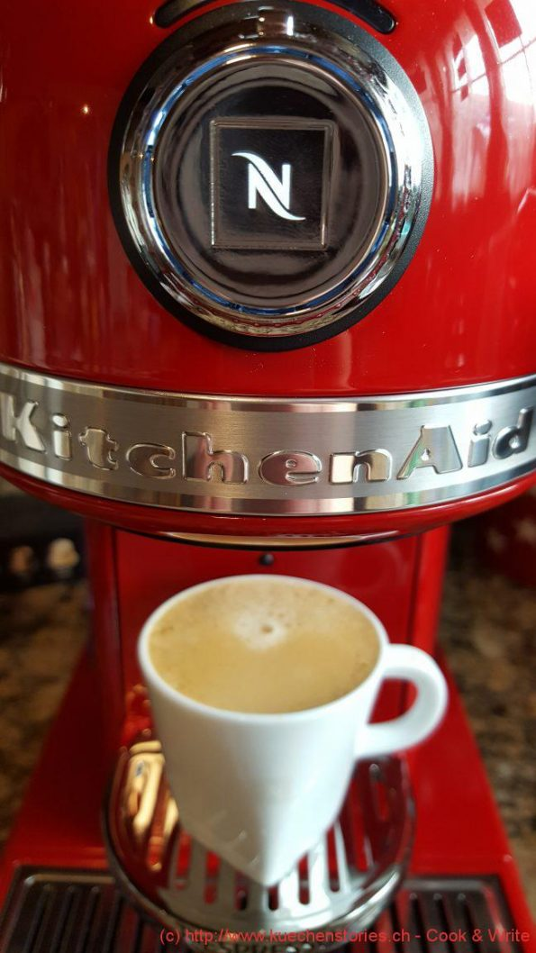 kitchenaid nespresso kaffeemaschine artisan k chenstories cook write. Black Bedroom Furniture Sets. Home Design Ideas